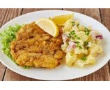 6.  Vyprážaný  kurací  rezeň, varené zemiaky, kyslé uhorky    (130/250/30)g – 1,3,7
